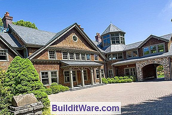 En New Shingle Style Getaway Home
